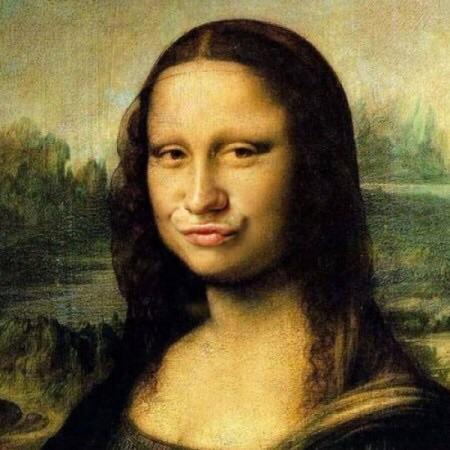 Tänk om Mona Lisa skulle haft......... Nej vi behöver inte ens tänka tanken!