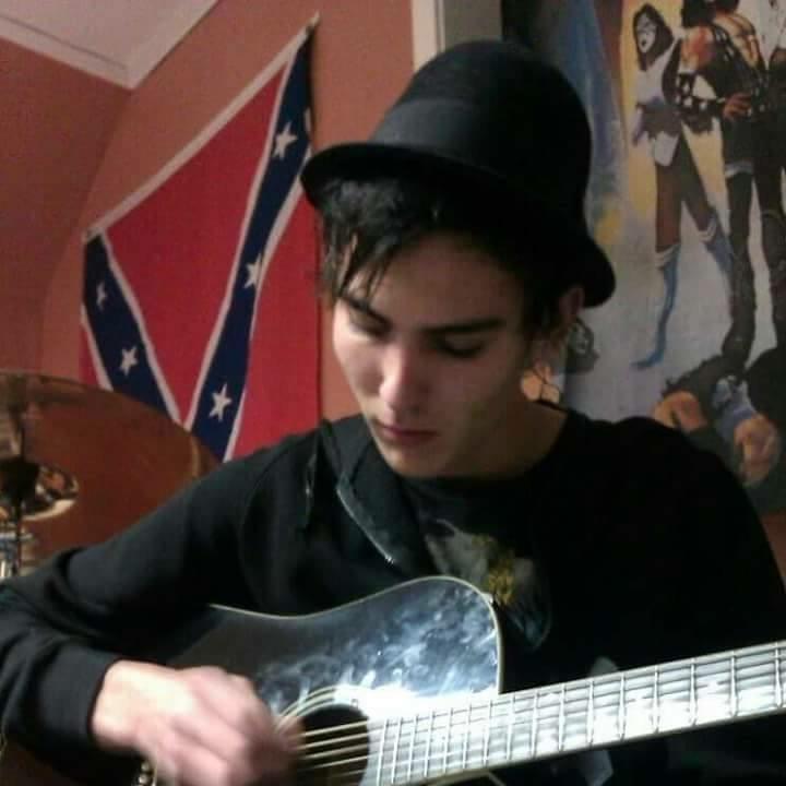 Musiken är en stor del av hans liv!