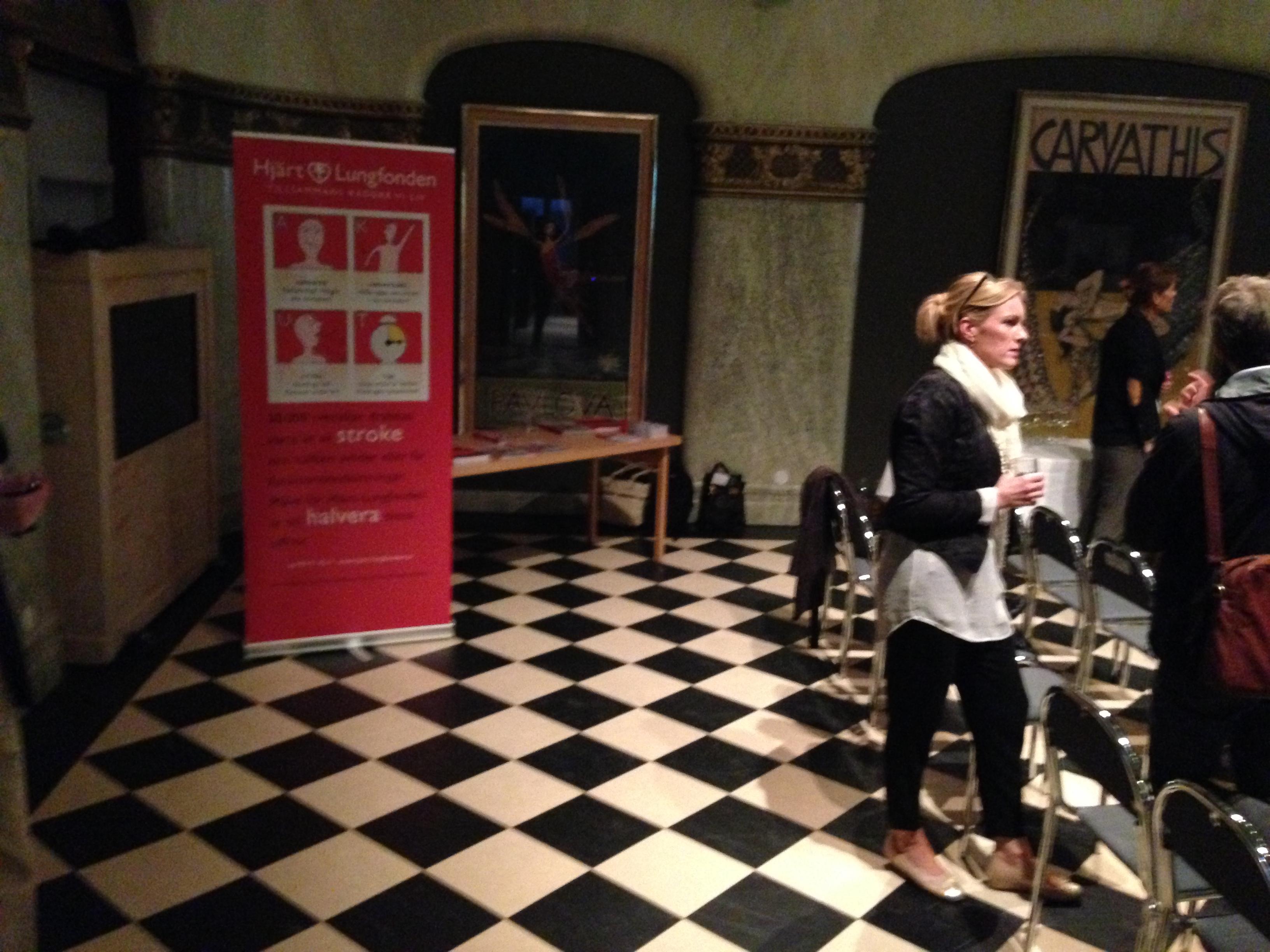 Tillträdande generalsekreteraren Kristina Sparreljung deltog aktivt på releasefesten för boken HJÄRNVILJA